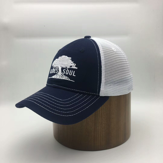 Customized Men blue trucker hat with embroidery