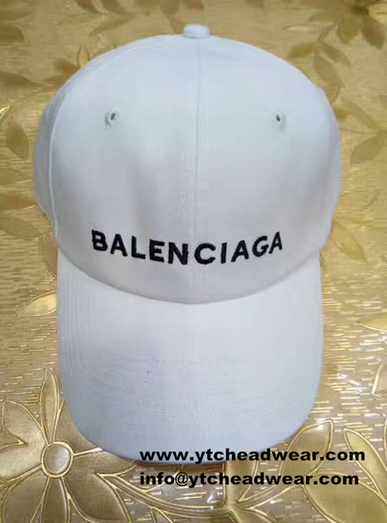 custom embroidery sport hats  in white color
